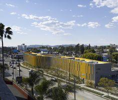 Camino Nuevo High School / Daly Genik Architects
