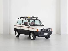 1986 Fiat Panda - Nouva Panda 4x4   Classic Driver Market Fiat Panda, Panda Panda, Fiat Uno, Fiat Cars, Collector Cars For Sale, Car Pictures, Pandas, Motor Car, Samurai