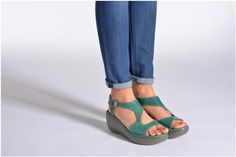 Fly London BIANCA Sandals model view