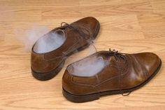 Schuhe stinken: Was tun? Diese Hausmittel wirken