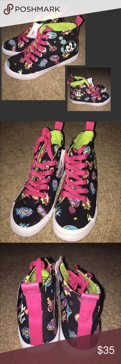 Disney Mickey Minnie Comic Hightop Shoes Sneakers New with tags. Pink laces. Disney Shoes Sneakers
