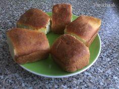 Kváskové pečené buchty (fotorecept) - Recept Cornbread, Muffin, Food And Drink, Breakfast, Ethnic Recipes, Basket, Millet Bread, Morning Coffee, Muffins
