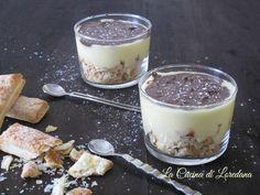 Una ricetta semplice e golosa per preparare un dolce delizioso da servire come dessert: Sbriciolata al bicchiere con crema pasticcera e nutella