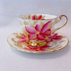 Royal Chelsea Bone China Pink Lily Tea Cup and Saucer Circa Tea Cup Set, My Cup Of Tea, Cup And Saucer Set, Tea Cup Saucer, Tea Sets, Antique Tea Cups, Vintage Cups, Vintage Tea, Teapots And Cups