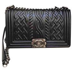 59276f5046b4 Pre-owned Chanel Boy Leather Handbag ( 3