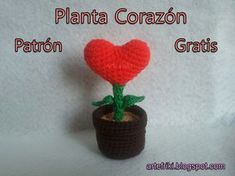 Planta corazon amor amigurumi patron gratis tutorial paso a paso crochet ganchillo heart love plant how to free cute kawaii san valentin san valentines day lovely Crochet Cactus Free Pattern, Cute Crochet, Crochet Toys, Crochet Baby, Crochet Patterns, Patron Crochet, Holiday Crochet, Amigurumi Patterns, Valentine Crafts