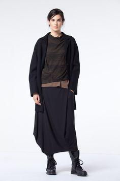 Stunning Skirts at OSKA New York: OSKA Skirts are impactful and feminine. https://newyork.oska.com/en/products/collection/shop-fall-winter/skirts/
