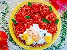 sanaさんの料理母の日アップルパイ #snapdish #foodstagram #instafood #instasweet #food #homemade #homemadesweets #cooking #japan #japanesefood #snoopy #snoopygrams #薔薇 #手作りおやつ #おやつ #ていねいな暮らし #暮らし #自家製ケーキ #母の日 #スヌーピー