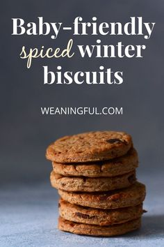 These baby-friendly spiced winter biscuits are a great alternative to gingerbread and sugar-free too. You can make these with your kids and enjoy eating them together as Christmas cookies why not? Healthy Baby Food, Healthy Meals For Kids, Meals For One, Easy Healthy Recipes, Baby Food Recipes, Family Recipes, Holiday Recipes, Baby First Foods, Baby Finger Foods