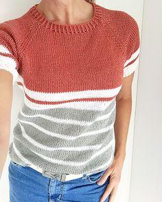 Ravelry: Millatoppen / Millatop pattern by Camilla Karlsen Summer Knitting, Knitting Stitches, Knitting Machine, Knit Shirt, Ravelry, Pulls, Knitting Projects, Knitting Patterns, Sweater Patterns
