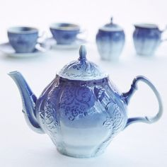 blue Francis Brennan the Collection Time For Tea Teapot £30