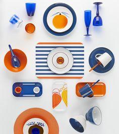 Des touches de blanc, de bleu et d'orange : voilà de quoi apporter du soleil dans la maison.
