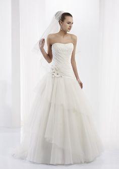 Collezione abiti da sposa #Jolies, abito da #sposa modello JOAB13296IV