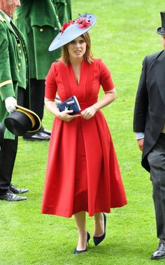 Ascot 2017 Princess Eugenie was elegant in red and navy,