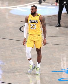Nba Lebron James, King Lebron James, King James, Basketball Posters, Basketball Teams, College Basketball, Lakers Team, Baskets, Nba Pictures