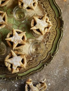 Time for a few mince pies?