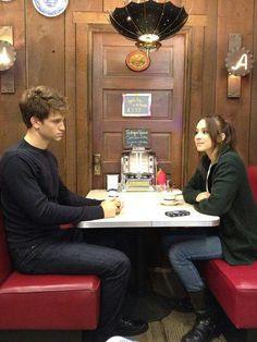 Keegan Allen (Toby) & Troian Bellisario (Spencer) - Pretty Little Liars