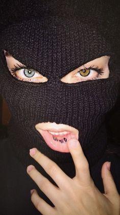 girl with ski mask Badass Aesthetic, Boujee Aesthetic, Bad Girl Aesthetic, Aesthetic Grunge, Aesthetic Photo, Aesthetic Pictures, Gangsta Girl, Fille Gangsta, Bad Girl Wallpaper
