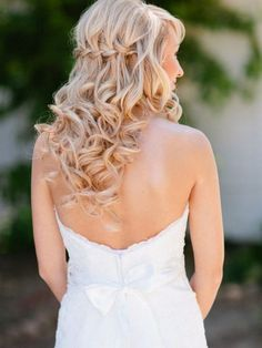 Wedding Hair Inspiration: 12 Ways to wear your Long Hair Down. Photo by Marin Kristine Photography, hair by Jamie Zimmerman Special Event Hair Design