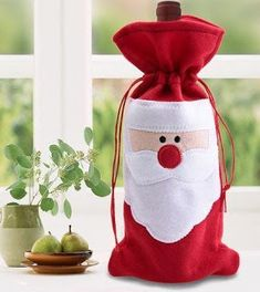 Red Wine Bottle Cover Bags Christmas Table Dinner Decoration Home Party Decors (christmas table cover) Christmas Wine Bottles, Christmas Favors, Christmas Bags, Felt Christmas, Christmas Crafts, Christmas Ornaments, Christmas Cover, Christmas Poinsettia, Felt Decorations