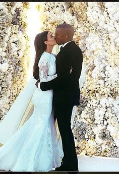 Kim Kardashian and Kanye West Wedding Photo Took 4 Days to Perfect - theFashionSpot