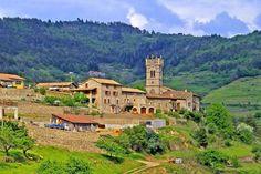 Le Portail de Chambres d'Hôtes, Gîtes & Meublés de Tourisme http://www.trouverunechambredhote.com vous fait découvrir les Villes, Villages de France et d'Outre-mer ainsi que les hébergements à proximité.  Aujourd'hui c'est  le  Village LABATIE D'ANDAURE en ARDECHE.  LABATIE D'ANDAURE était autrefois, un village important avec une très ancienne forteresse