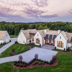 This home has so much of my dream house qualities! This home has so much of my dream house qualities! Steep roof pitches, large LARGE black windows, white exterior, and a yard to play in! Modern Farmhouse Exterior, Rustic Farmhouse, Farmhouse Style, Farmhouse Ideas, Craftsman Exterior, Farmhouse Design, Future House, Design Exterior, Exterior Colors