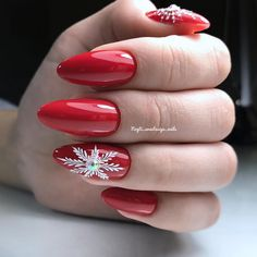 99 New Years Eve Nail Art Designs For Fun Holiday – Page 69 of 98 – Soflyme Silvester Nail Art. New Year's Nails, Xmas Nails, Red Nails, Christmas Nails, Christmas Ideas, Long Nail Designs, Winter Nail Designs, Holiday Nail Art, Christmas Nail Art Designs