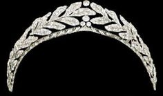 Dutch: Laurel Wreath Tiara- Provenance: Queen Beatrix of the Netherlands; from her parents, Queen Juliana and Prince Bernhard, on the occasion of her birthday in Royal Crown Jewels, Royal Crowns, Royal Tiaras, Royal Jewelry, Tiaras And Crowns, Diamond Tiara, Laurel Wreath, Family Jewels, Circlet