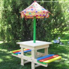 Pallet Picnic Table with Canopy