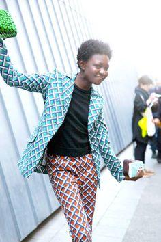 Oroma Elewa is having fun in graphic prints #streetstyle