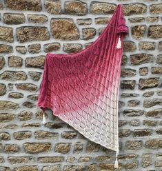 Autumn Falling Leaves Shawl on wall Lace Knitting, Knitting Patterns Free, Knitting Needles, Crochet Patterns, Falling Leaves, Fade Color, Sock Yarn, Knitted Shawls, Yarn Needle