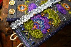 Embroidery in wool yarn