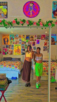 Indie Bedroom, Indie Room Decor, Cute Bedroom Decor, Room Design Bedroom, Room Ideas Bedroom, Aesthetic Indie, Aesthetic Room Decor, Chambre Indie, Photographie Indie