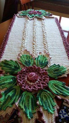 Crochet Flower Patterns, Crochet Art, Crochet Home, Crochet Designs, Crochet Flowers, Free Crochet, Crochet Table Runner, Crochet Tablecloth, Crochet Potholders