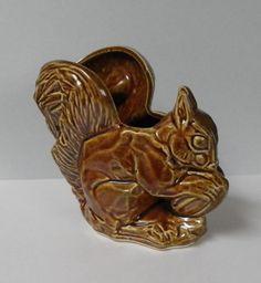 SQUIRREL PLANTER, McCoy Pottery, 1930s-1940s, Vintage Ceramics