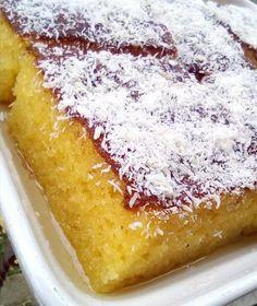 """Νόστιμη συνταγή μαγειρικής από """"Tzeni Tsanaktsidou-ΑΓΑΠΑΜΕ ΜΑΓΕΙΡΙΚΗ!!!!! ΑΓΑΠΑΜΕ ΖΑΧΑΡΟΠΛΑΣΤΙΚΗ!!!!!!"""" ΥΛΙΚΑ: 5 αυγά, 50 γρ ζάχαρη, 500 γρ χοντρό σιμιγδάλι, 200 ML γάλα (1κουπα κανονική)200 ML σπορέλαιο (1 κούπα κανονική) 1 βανίλια, 1 φακελάκι μπέικιν,"""