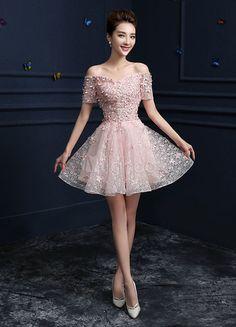 Pink Homecoming Dresses Off The Shoulder Lace Party Dresses A Line Applique Lace Up Short Graduation Dresses