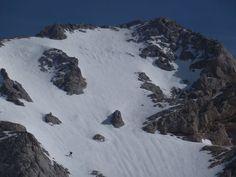 Travesía Invernal con esquís de los tres macizos de Picos de Europa