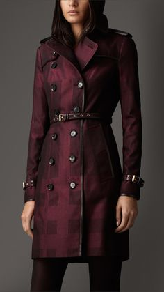 Burberry Long Check Cotton Trench Coat in Purple (DEEP CLARET) | Lyst