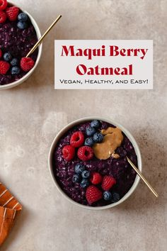 Maqui Berry Oatmeal with Wild Blueberries. This vegan and gluten-free oatmeal is PACKED with antioxidants thanks to the maqui berry powder. Maqui berry is a superfood that grows on Maqui trees in Chile and looks similar to Acai berry. It had many health benefits and is incredibly delicious! This oatmeal is easy, simple, and great for every season! Ready in 15 minutes! #maquiberry Delicious Breakfast Recipes, Yummy Food, Breakfast Specials, Gluten Free Oatmeal, Vegan Blueberry, Wild Blueberries, Best Oatmeal, Acai Berry, Raw Cacao