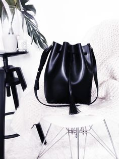 Hieleven-leather-bucket-bag