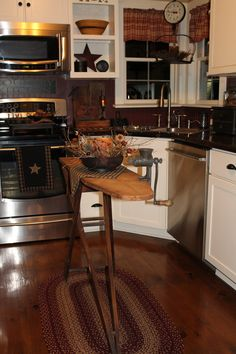 Primitive country kitchen decorated for Fall