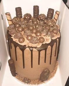 Ferrero Rocher, Twix, Freddo, Maltesers Chocolate Drip Cake 13 Birthday Cake, Bithday Cake, Novelty Birthday Cakes, Maltesers Chocolate, Chocolate Drip Cake, Cake Business, Drip Cakes, Cake Creations, No Bake Cake