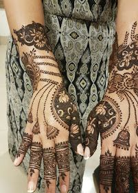 Rajasthani Mehndi Designs photos are present on this article. Rajasthani mehndi is also called as mirror reflecting art. New Mehndi Designs Images, Latest Henna Designs, Mehndi Designs Book, Beginner Henna Designs, Unique Mehndi Designs, Mehndi Patterns, Beautiful Henna Designs, Mehndi Designs For Hands, Mehandhi Designs