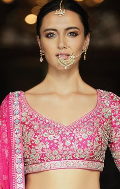 Embrace the exquisite richness of Indian designer jewelry from the Festive Winter 2019 Collection by Anita Dongre. Shop for our fine handcrafted jewelry online today. Netted Blouse Designs, Wedding Saree Blouse Designs, Indian Look, Dress Indian Style, Indian Blouse, Lehenga Skirt, Lehenga Blouse, Stylish Blouse Design, Indian Designer Outfits