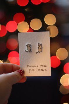 Cute earrings & card 'Moomins make great dancers'