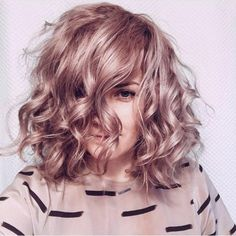 Lots of celebrities these days sport short curly hair styles, but some of them really stand out. When we think of curly short hair, the image of AnnaLynne Short Curly Hair, Curly Hair Styles, Short Blonde, Wavy Hair, Hair Day, New Hair, Pastel Hair, Pastel Pink, Bright Hair