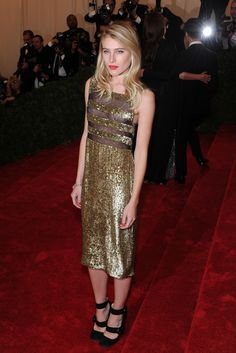 On the Red Carpet at the Costume Institute Gala: Dree Hemingway    Photo by KSW