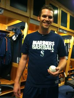I might totally be developing a crush on Tom Wilhelmsen? I really didn't ask for this.